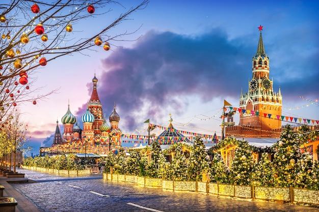 Vacanze di capodanno sulla piazza rossa di mosca