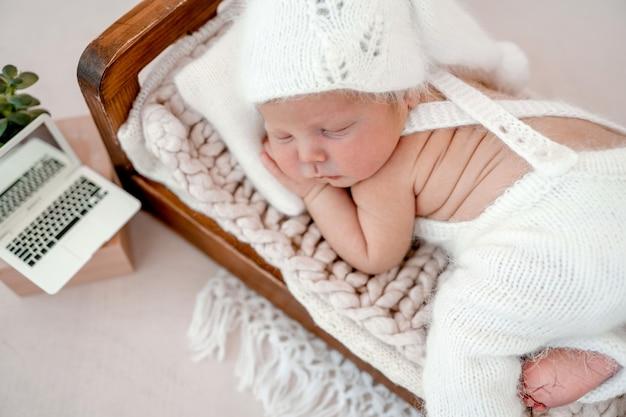 Ritratto di neonato neonato