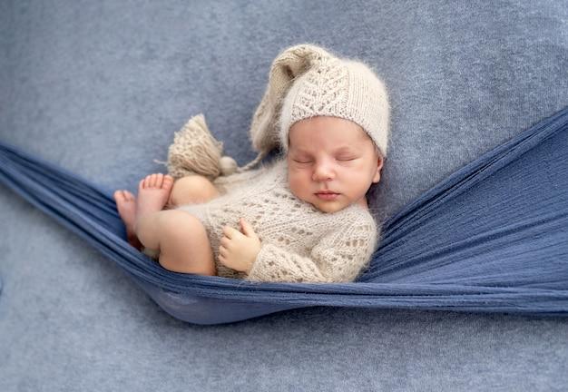 Ritratto in studio di neonato