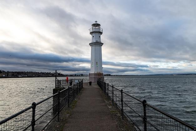 Faro del porto di newhaven