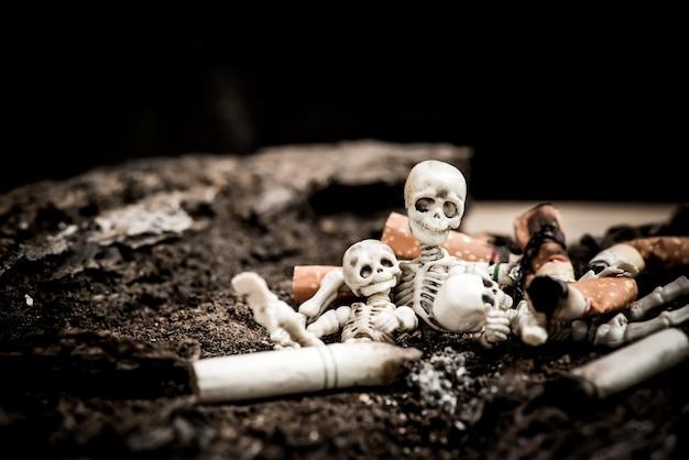 No e smettere di fumare per la giornata mondiale senza tabacco.
