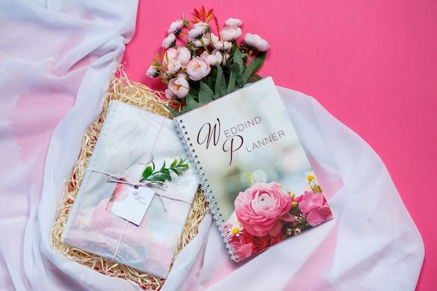 Taccuino per appunti per futuri sposi. quaderno di nozze per la sposa