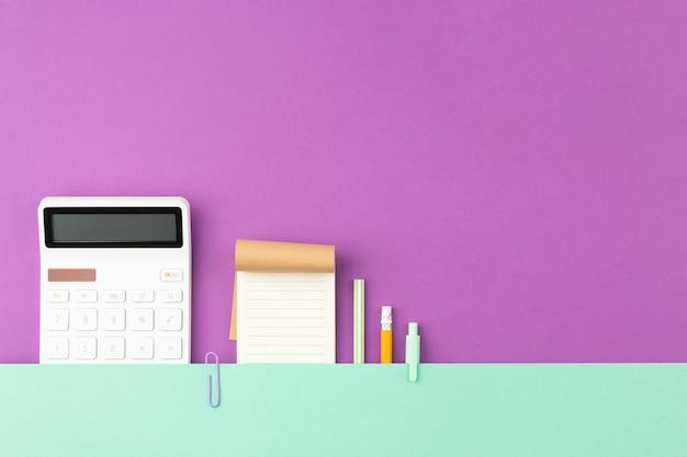 Blocco note con calcolatrice per piante con penna a matita