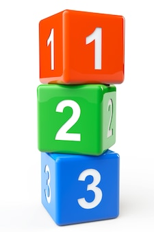 Numeri blocchi colorati su sfondo bianco