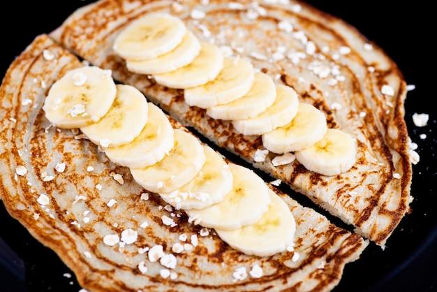 Frittelle di avena con banana