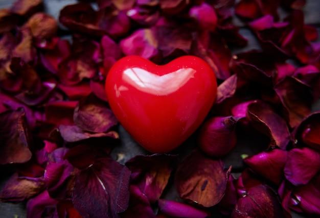 Occasion creativo della carta a sorpresa corazon