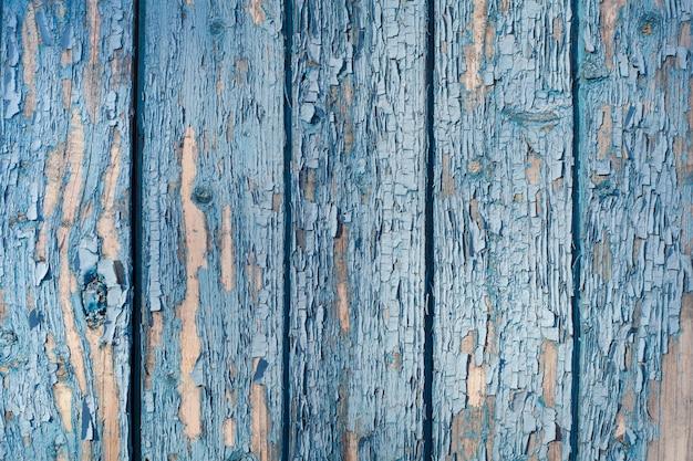 Vecchie tavole con peeling vernice blu