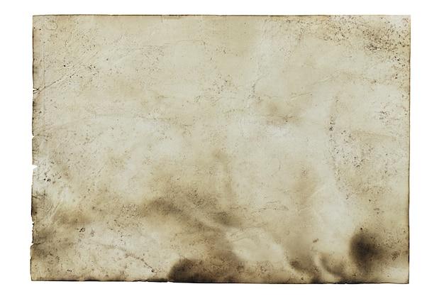 Vecchio sfondo di carta bruciata isolato su bianco