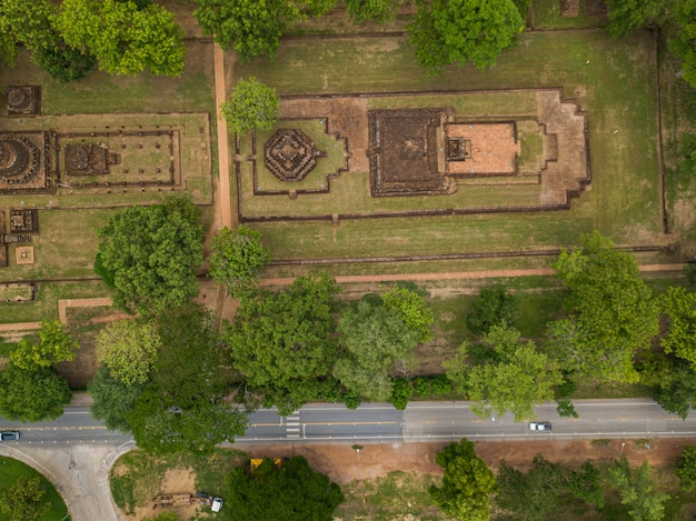 Vecchio castello vista da drone