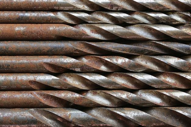 Vecchio fondo di acciaio del trapano.