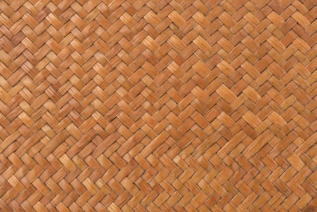Vecchia struttura di legno articalata di lepironia e fondo del modello.