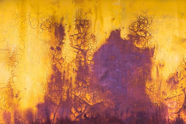 Fondo orizzontale della vecchia pittura giallo e porpora