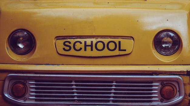 Old school bus Foto Premium