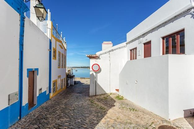 Vecchie strade tradizionali del villaggio alvor, portimao.
