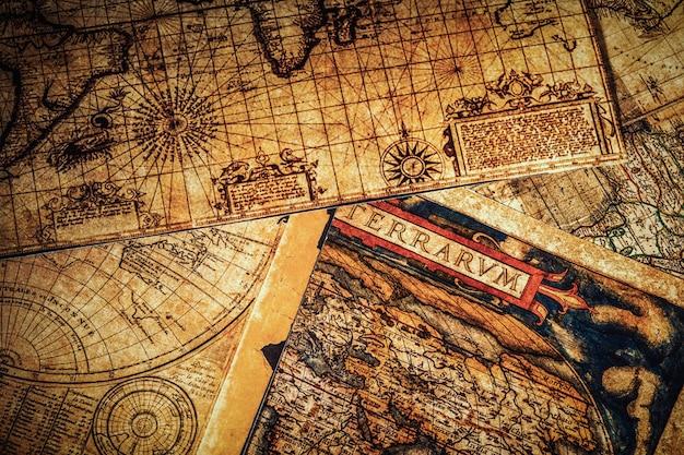 Vecchie mappe antiche d'epoca