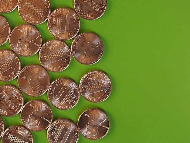 Monete da un centesimo di dollaro, stati uniti con copia spazio