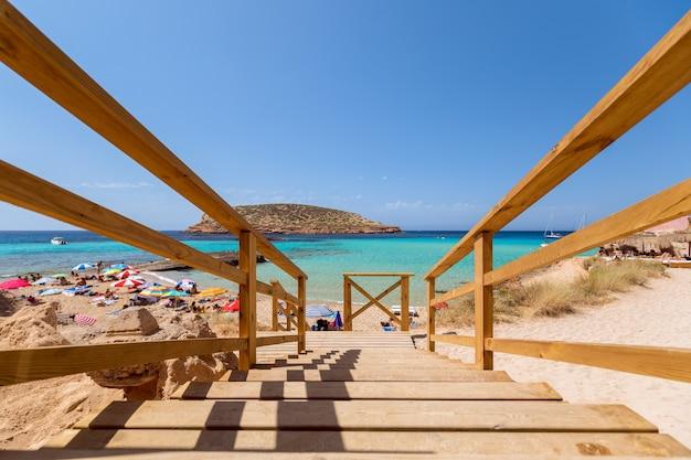 Una delle spiagge più belle dell'isola cala escondida