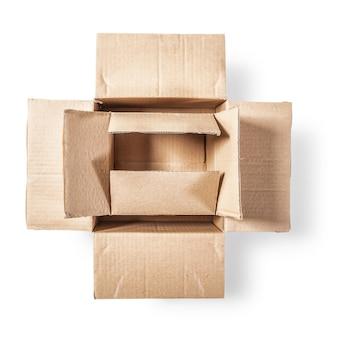 Scatole di cartone aperte materiale di imballaggio gruppo di oggetti isolato su sfondo bianco