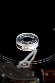 Apri il disco rigido su uno sfondo nero