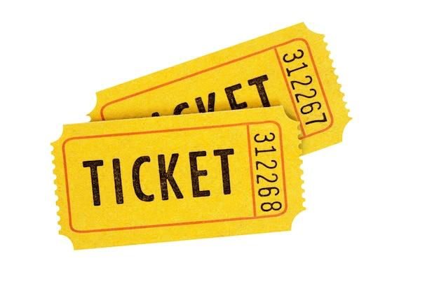 Biglietti di ammissione arancione isolati su bianco