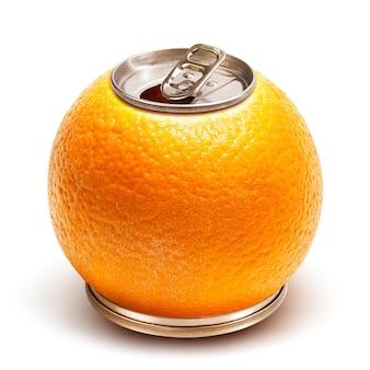 Il succo d'arancia può su bianco