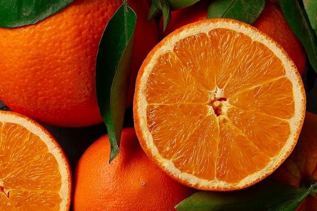 Arancio con foglie, frutta, vista dall'alto, nessun popolo, orizzontale