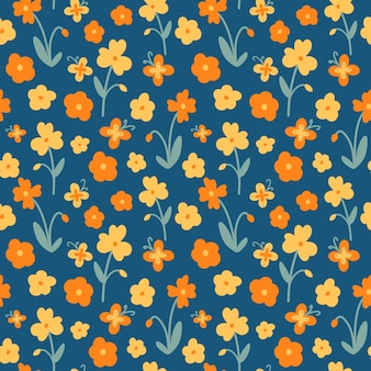 Motivo floreale arancione e giallo in stile piatto. stampa senza cuciture di fiori e farfalle su sfondo blu.