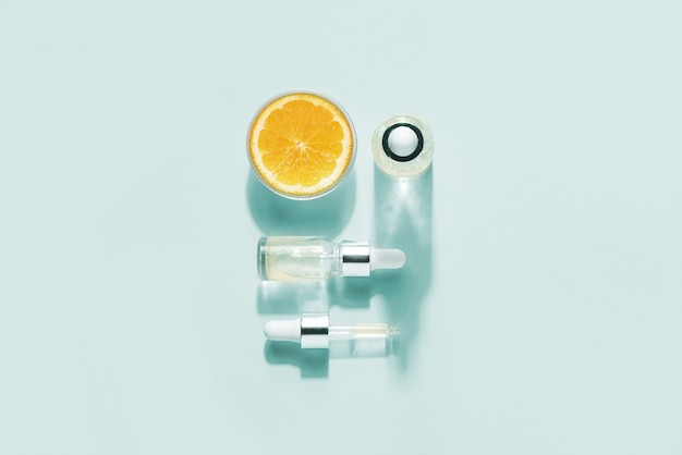 Cosmetici biologici biologici con vitamina c.