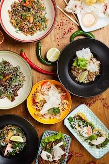 Composizione cucina orientale