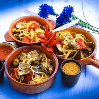 Spaghetti italiani originali con vongole