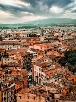 Panoramica della città di pisa