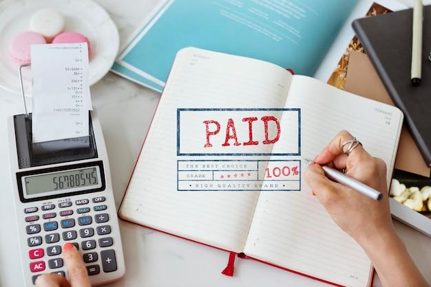 Concetto grafico di contabilità di finanza pagata ricevuta di paga