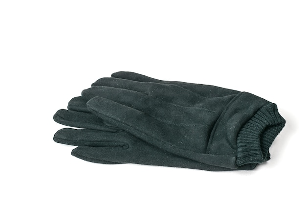Un paio di guanti in pelle da uomo isolati su bianco.