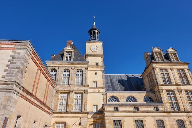 Il palazzo di fontainebleau in francia