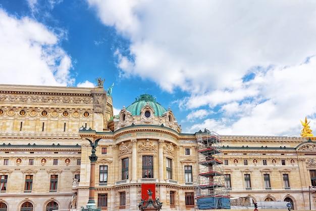 Palais o opera garnier e l'accademia nazionale di musica di parigi, il più grande teatro di francia.
