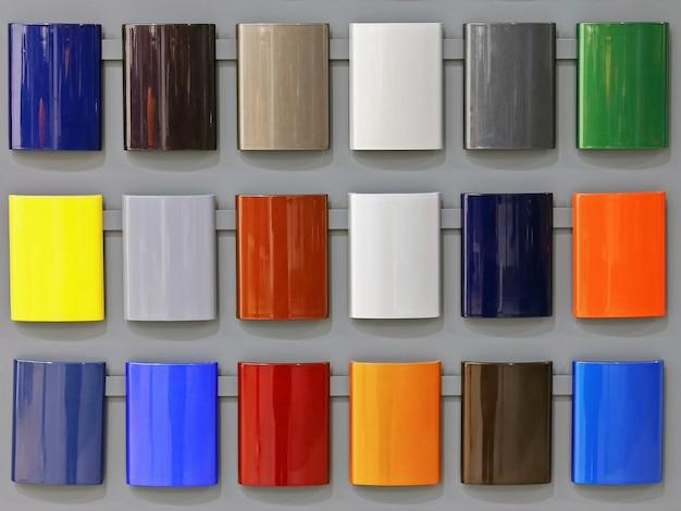 Tavolozza di sfumature colorate di colori vivaci