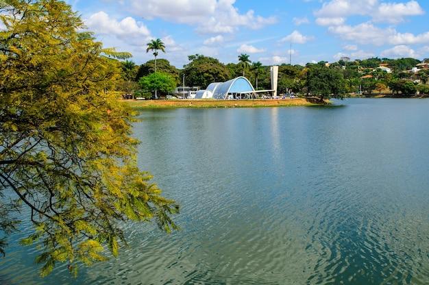 Chiesa di pampulha e laguna belo horizonte minas gerais brasile