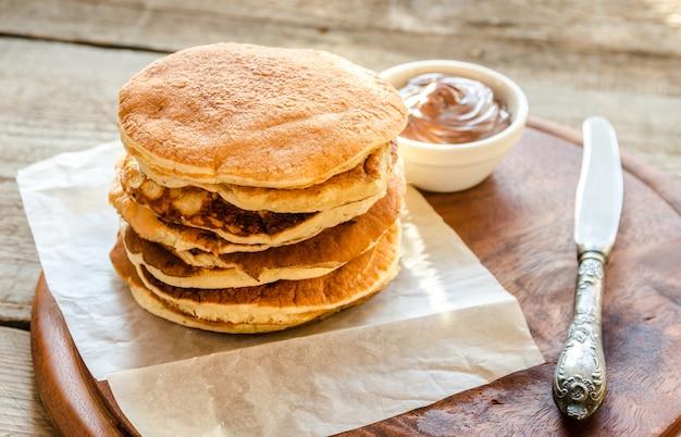 Pancakes con crema al cioccolato