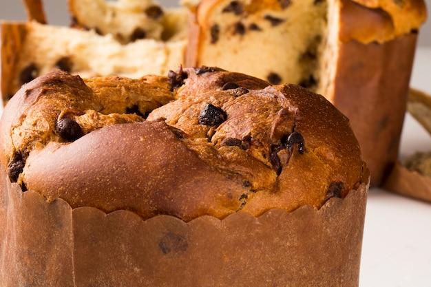 Il panettone è il dolce tradizionale italiano per natale. chocotone.