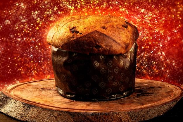 Il panettone è il dolce tradizionale italiano per natale. festa di natale.