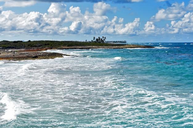 Panorama della costa atlantica. repubblica dominicana