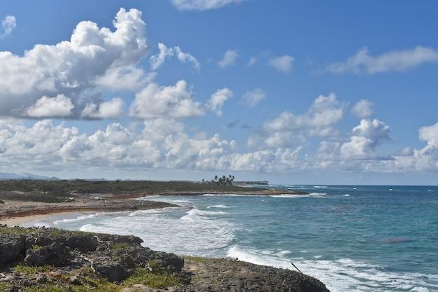 Panorama dell'oceano atlantico. repubblica dominicana