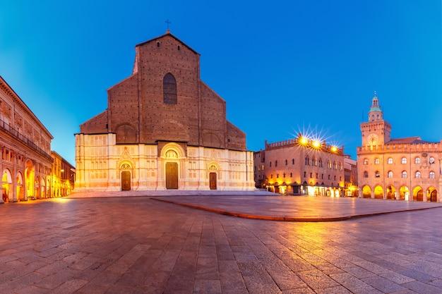 Panorama di piazza maggiore, bologna, italia