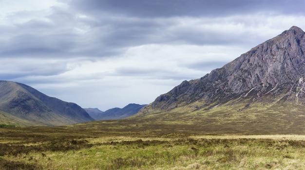 Paesaggio panoramico da glencoe in estate scozia
