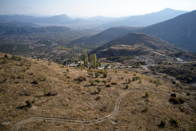 Vista panoramica di un'antica città di hierapolis a pamukkale denizli turchia