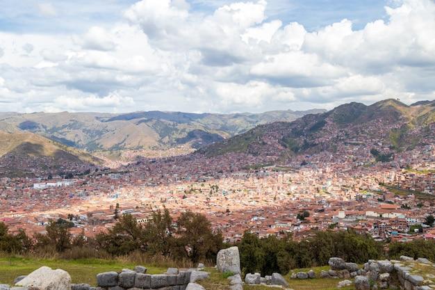 Vista panoramica della città di cuzco perù