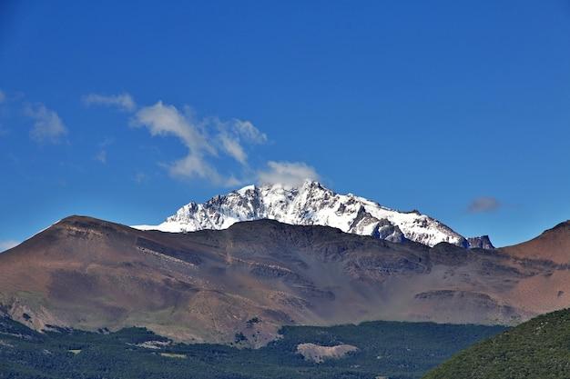 La vista panoramica del fitz roy vicino a el chalten in patagonia, argentina