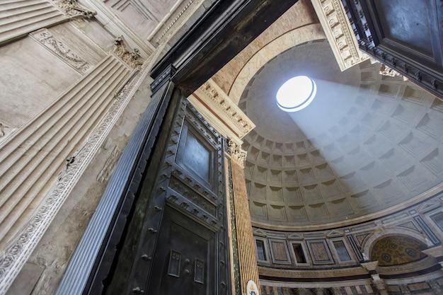 Pantheon a roma, italia