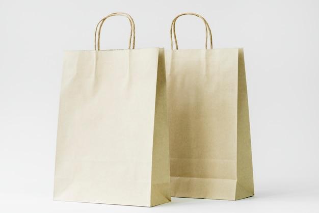Mockup di sacchetto di carta
