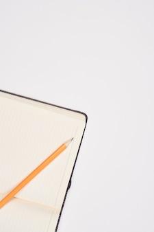 Cancelleria da scrivania con tecnologia calcolatrice di carta